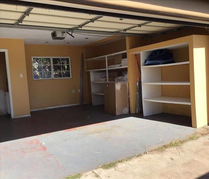 garage empty of contents